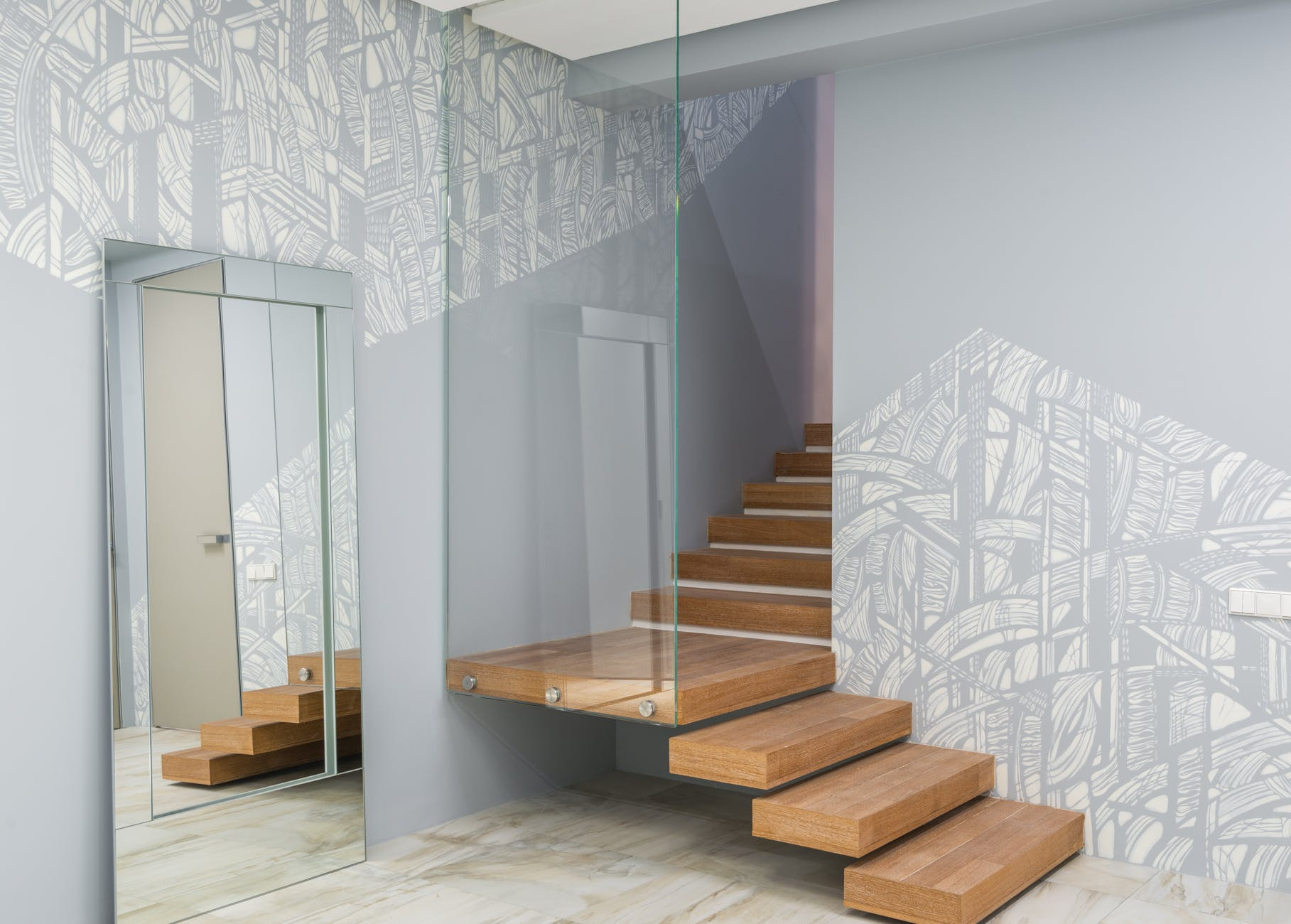 Obliba dřevěných schodů