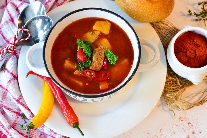 Ostré pokrmy asi budou v maďarské kuchyni základem