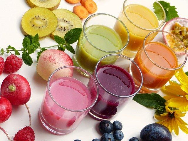 ovocné detoxikační šťávy