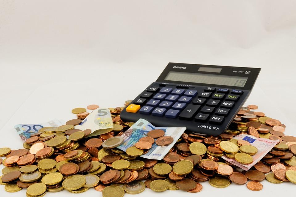kalkulačka a peníze