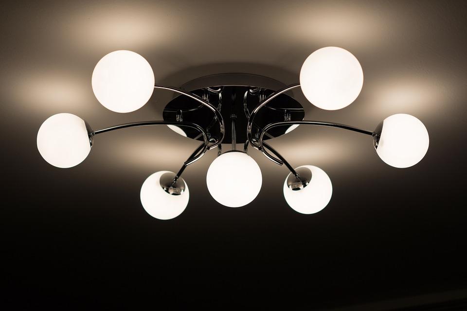 Jak správně vybrat stropní svítidla